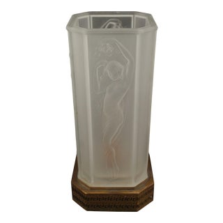 C1920's Art Deco Frosted Satin Art Glass Nude Female Figural Table Lamp For Sale