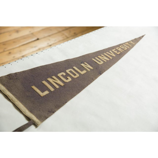 :: Very hard to come by Lincoln University (of Pennsylvania) felt flag souvenir sewn, wool banner pennant circa 1910's /...