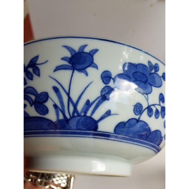 Chinese Blue and White Hand Painted Porcelain Bowl For Sale - Image 4 of 7