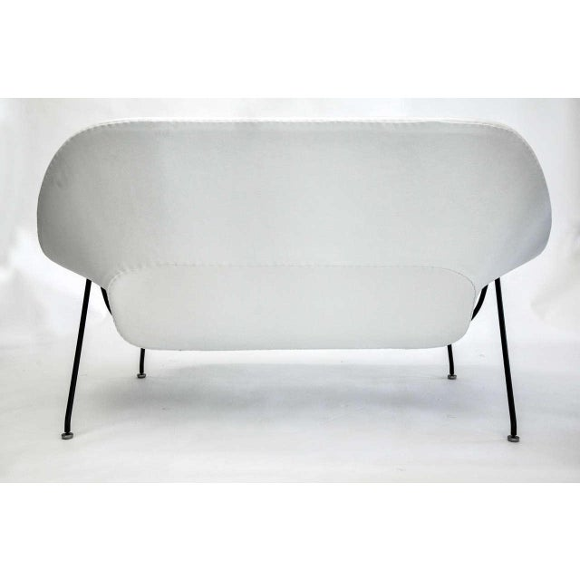 Eero Saarinen for Knoll Womb Settee, Circa 1960's For Sale In Detroit - Image 6 of 10