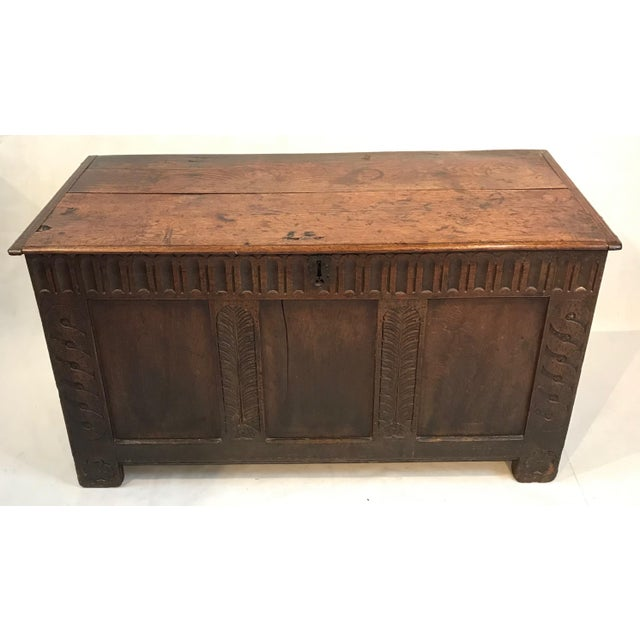 English Traditional Early 18th Century British Coffer Blanket Chest For Sale - Image 3 of 4