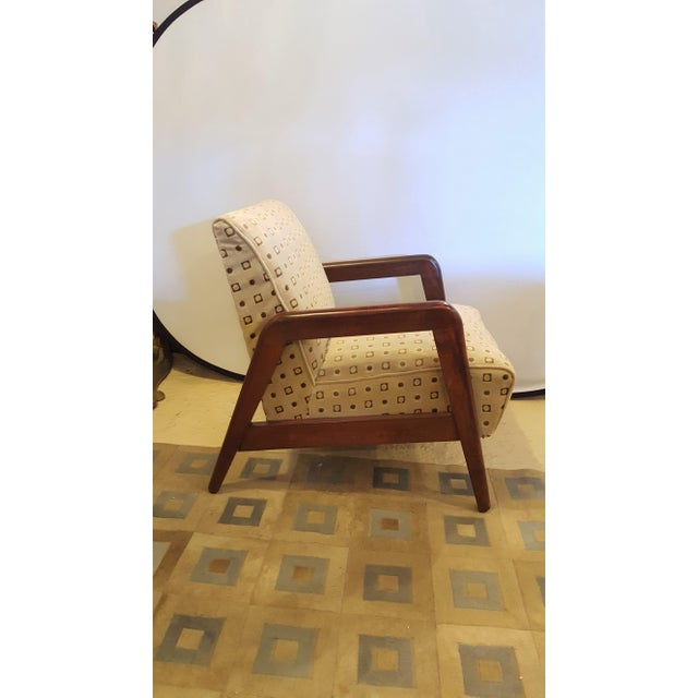 Mid-Century Modern Armchairs - A Pair For Sale In New York - Image 6 of 8