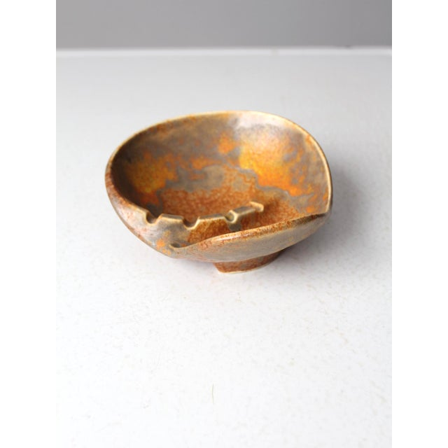 Haeger Mid-Century Haeger Pottery Ashtray For Sale - Image 4 of 9