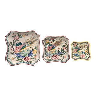 20th Century Portuguese Painted Bird Nesting Bowls/ Catchall Bowls - Set of 3 For Sale