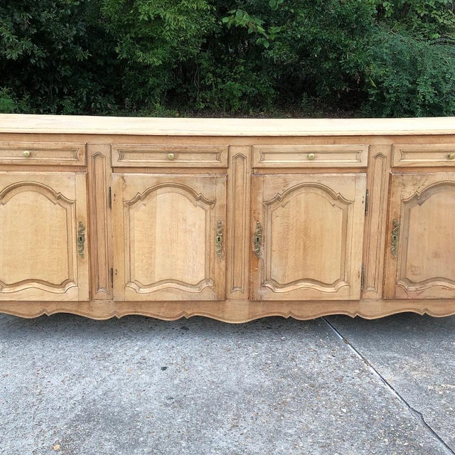 19th Century Grand Country French Stripped Oak Buffet For Sale In Dallas - Image 6 of 13