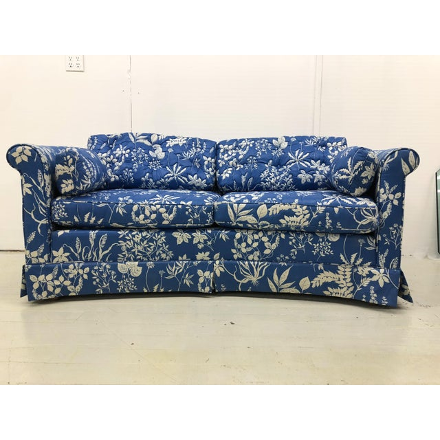 1970s Ethan Allen Hollywood Regency Chinoiserie Blue & White Floral Crescent Loveseat Sofa For Sale - Image 13 of 13