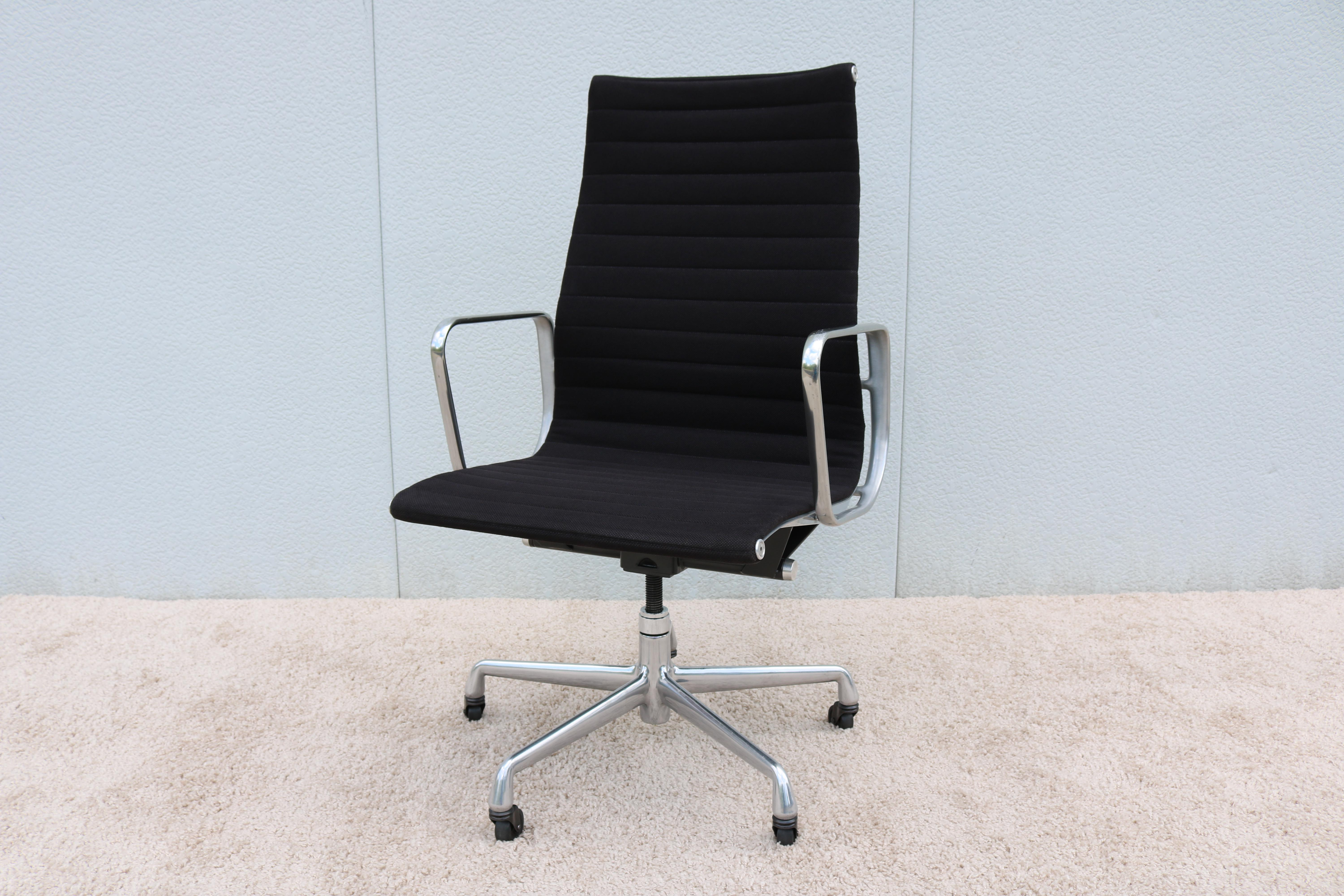 1958 Herman Miller Eames Aluminum Group High Back Executive Chair For Sale    Image 13