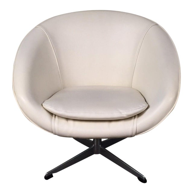 overman mid century modern white vinyl lounge chair with propeller