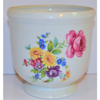 1970s Vintage Mottahedeh Floral Porcelain Cachepot Preview