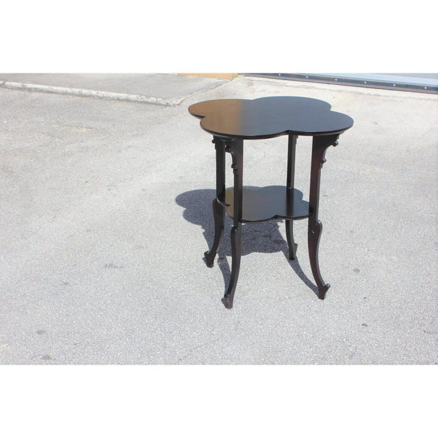 1940s French Art Deco Dark Mahogany Two-Tier Side Table For Sale In Miami - Image 6 of 13