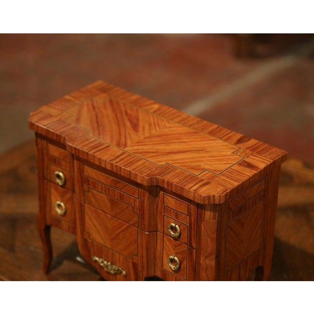 French Mid-20th Century French Louis XV Walnut Veneer Marquetry Inlay Miniature Commode For Sale - Image 3 of 10