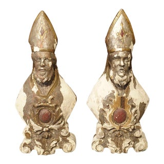 Pair of Carved and Parcel Silvered 17th Century Bishops, Lazio Italy For Sale