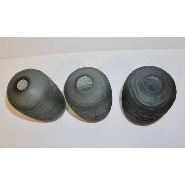 Salviati Vintage Italian Minimalist Smoked Gray Battuto Murano Art Glass Vases For Sale - Image 10 of 12