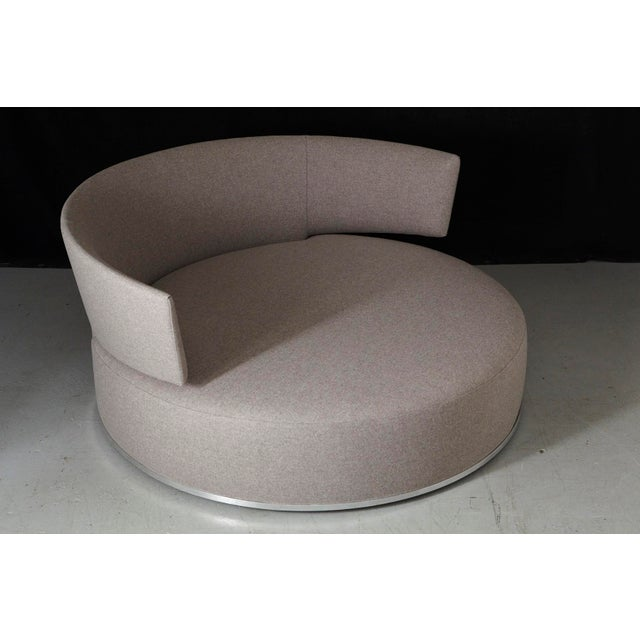 Amoenus - Circular Swivel Sofa by Antonio Citterio for B & B Italia, New Upholstery For Sale - Image 9 of 13