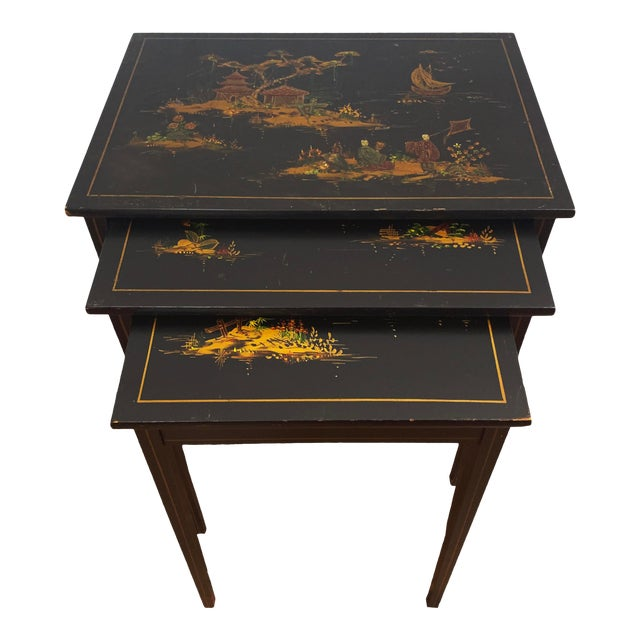 1940s Japanese Black Lacquer Nesting Table With Hand Painting - Set of 3 For Sale