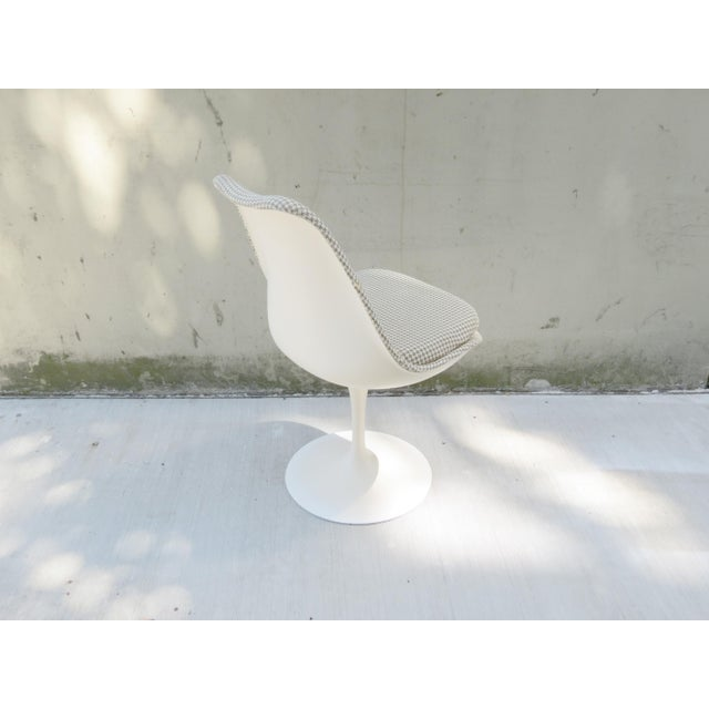 Vintage Modern Knoll Saarinen Tulip Side Chairs - Set of 6 For Sale In Seattle - Image 6 of 9