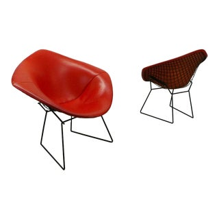 1950s Mid-Century Modern Harry Bertoia for Knoll Associates Black Wire Diamond Chairs - a Pair For Sale