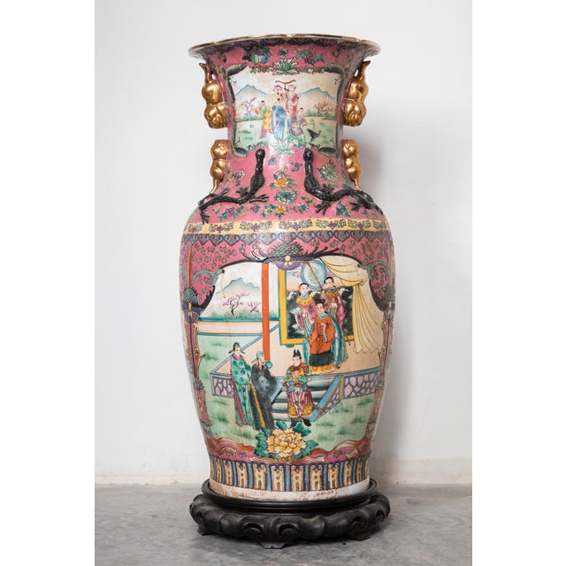 Asian Large Antique Chinese Vases for the Floor Modern Decor Decorative Living Room For Sale - Image 3 of 7