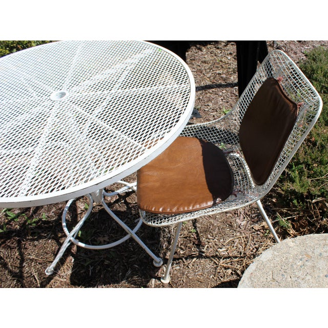 Mid-Century Modern Woodard Sculptura Patio Table Set Two Chairs White Iron For Sale In Detroit - Image 6 of 7