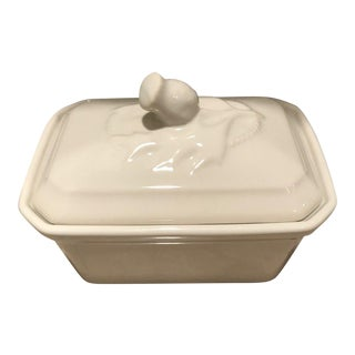 Mackenzie Childs Machlachlan White Lidded Soup Box For Sale