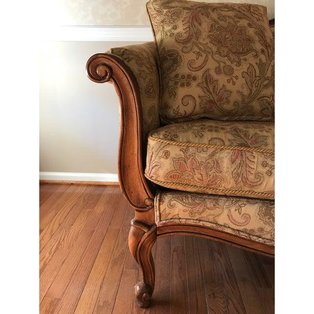 "Ethan Allen ""Evette"" Upholstered Settee - Image 7 of 8"