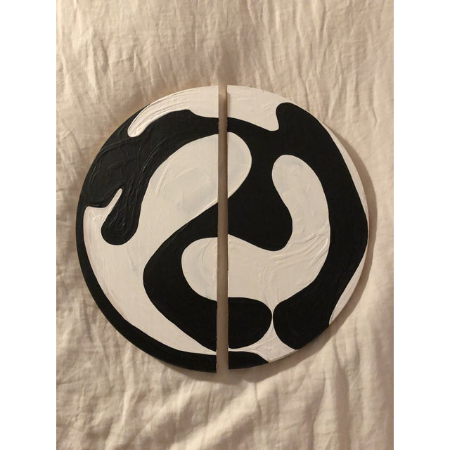 Black and White Modern Ying Yang Abstract Circle Diptych For Sale In Los Angeles - Image 6 of 6