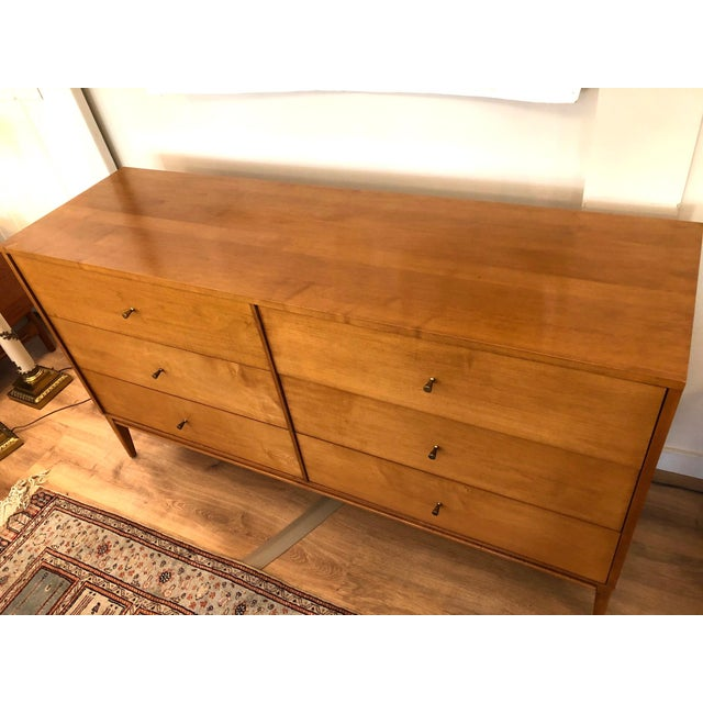 Paul McCobb 1960s Mid-Century Modern Paul McCobb Solid Maple Lowboy Dresser For Sale - Image 4 of 9