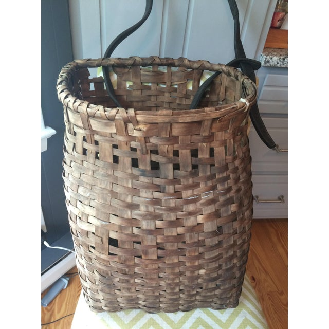 1950s Minimalism Leather and Wicker Picker's Basket For Sale - Image 4 of 8