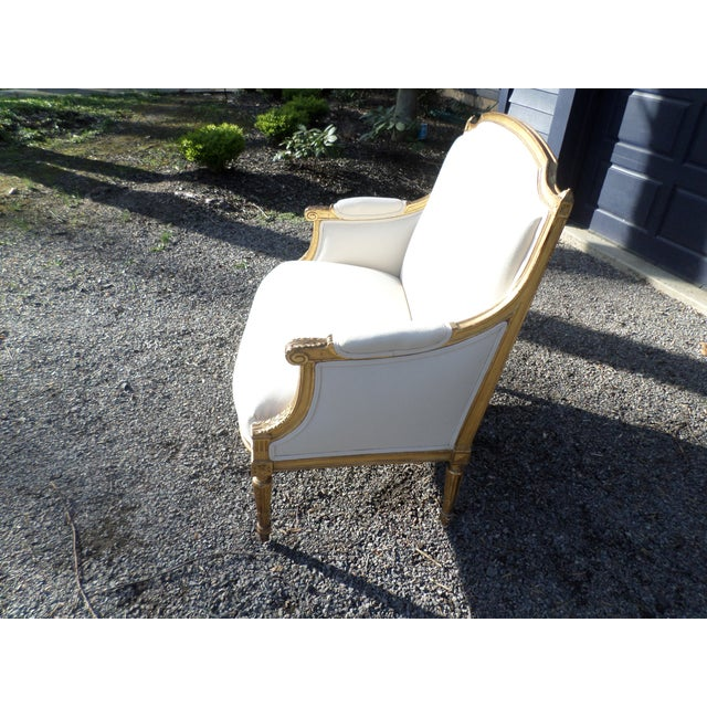 Traditional Louis XVI Style Giltwood Settee For Sale - Image 3 of 13