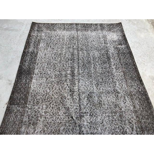 1960s Vintage Turkish Distressed Gray Carpet - 5′4″ × 9′6″ For Sale - Image 10 of 11