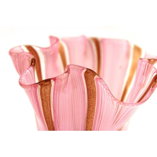 Glass Murano Glass Handkerchief Vase in Pink & Gold For Sale - Image 7 of 9