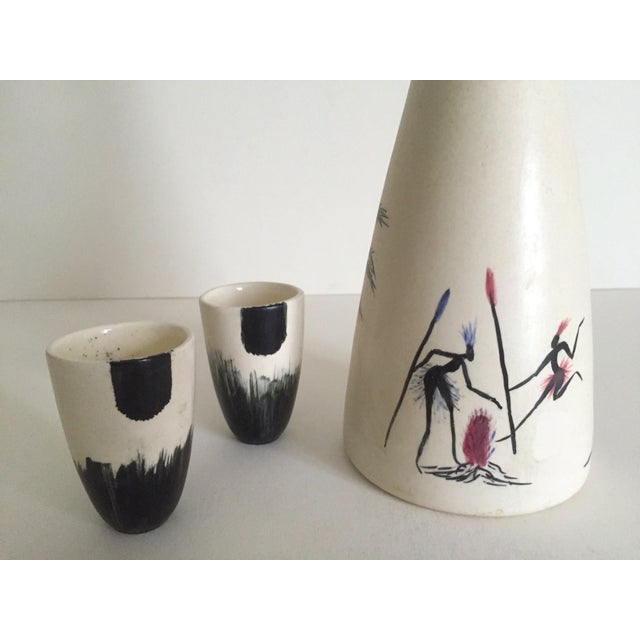 Vintage African Black & White Handcrafted Pottery Decanter Bottle & Cups - 4 Piece Set For Sale In New York - Image 6 of 10