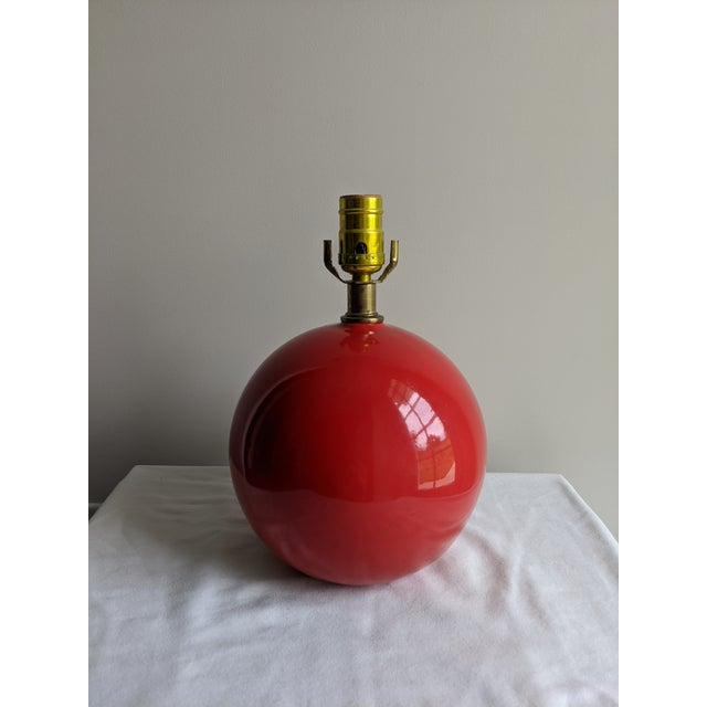 Mid-Century Modern Vintage Red Spherical Ceramic Table Lamp For Sale - Image 4 of 7