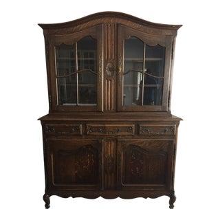 Vintage Quarter-Sawn Oak China Cabinet For Sale