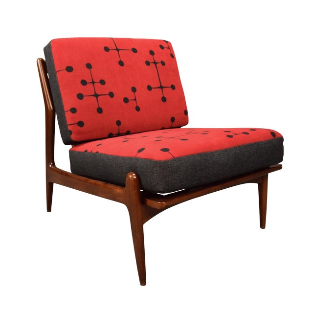 1960s Mid Century Modern Kofod Larsen for Selig Red and Black Slipper Chair For Sale
