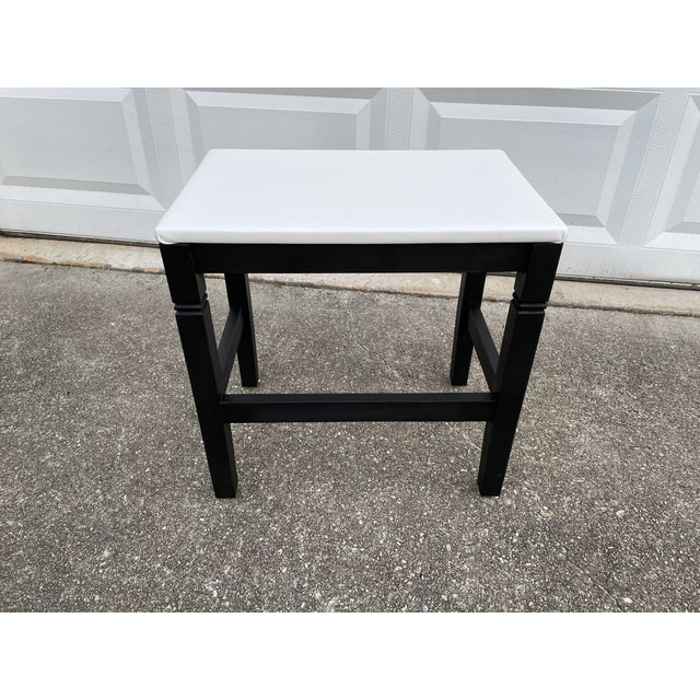 1980s Vinyl Leather Wrapped Top Side Table For Sale In Atlanta - Image 6 of 10