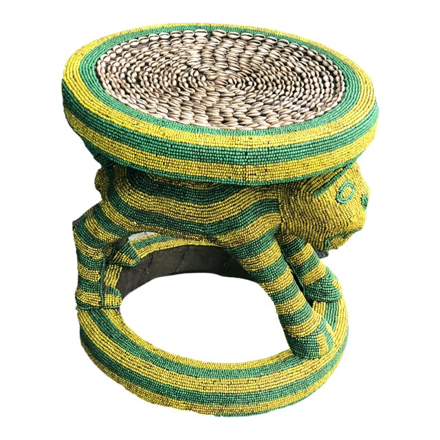 "Lg African Beaded Wood Bamileke Stool /Table Cameroon 18.5"" H For Sale"