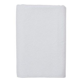 Grano Bath Towel in White For Sale