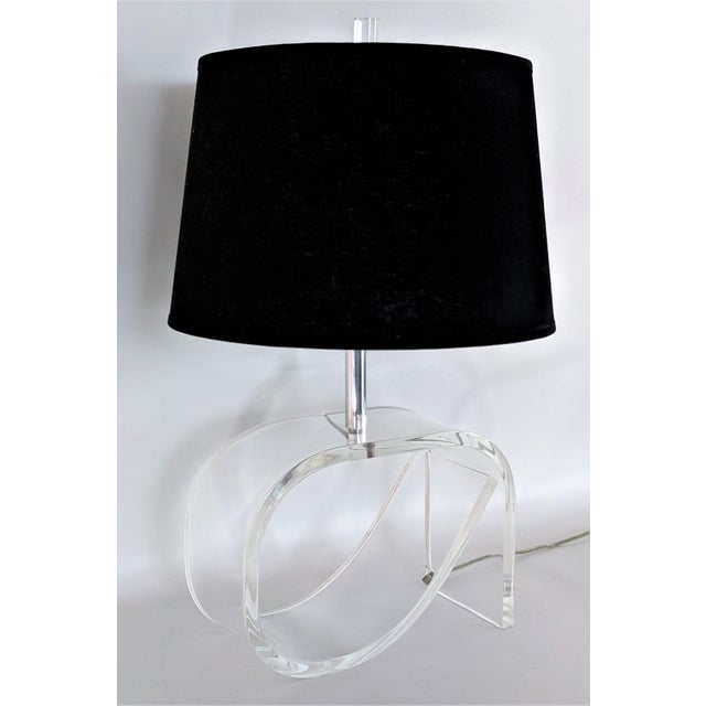 Dorothy Draper Style Lucite Table Lamp For Sale - Image 13 of 13