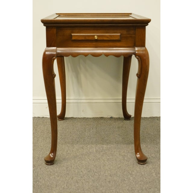 20th Century Georgian Ethan Allen Accent End / Tea Table For Sale In Kansas City - Image 6 of 13