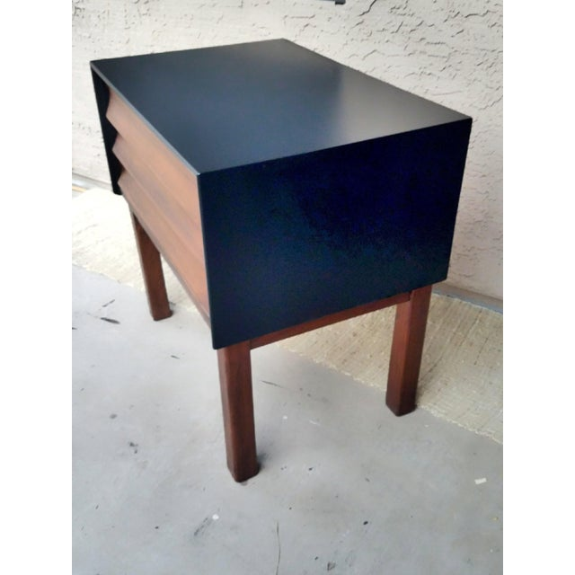 American of Martinsville 1960s American of Martinsville Nightstand For Sale - Image 4 of 6