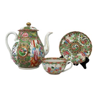 Antique Chinese Qing Rose Medallion Porcelain Teapot With Single Teacup and Saucer For Sale