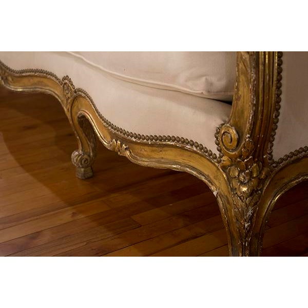 French 19th Century French Louis XV Settee For Sale - Image 3 of 4