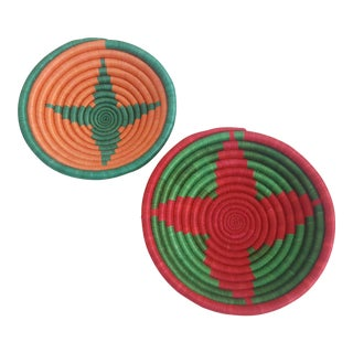 Rwanda Hand Woven Sweetgrass Coil Starburst Multi Color Bowls - A Pair For Sale