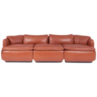 "Saporiti ""Confidential"" Leather Sofa by Alberto Rosselli For Sale"