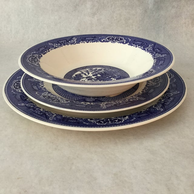 Ceramic 1960s Vintage Willow Ware Royal China Set- 3 Pieces For Sale -  Image 7