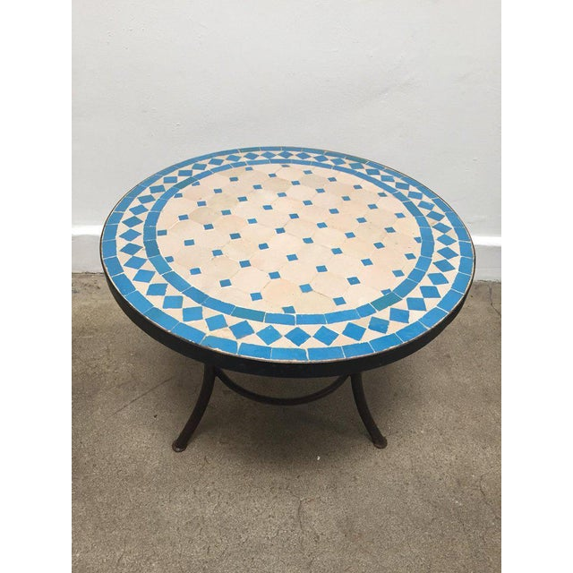 Moroccan Mosaic Outdoor Turquoise Tile Side Table on Low Iron Base For Sale In Los Angeles - Image 6 of 9