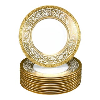 Set of 12 Minton Gold Rimmed Porcelain Ball Dinner Plates For Sale