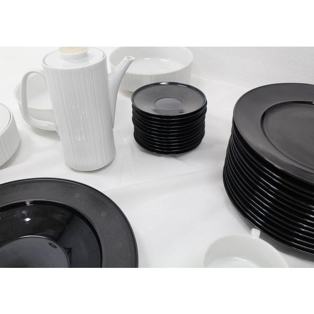 Ceramic Tapio Wirkkala for Rosenthal Dinner Coffee 80 Pieces Set Plates Noire Porcelain For Sale - Image 7 of 10