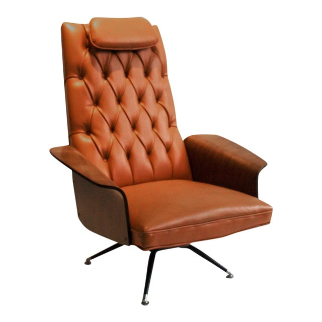 Vintage George Mulhauser Tufted Lounge Chair for Plycraft - Image 1 of 4